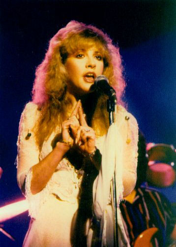 STEVIE NICKS TRIVIA:   Guest Vocalist Question